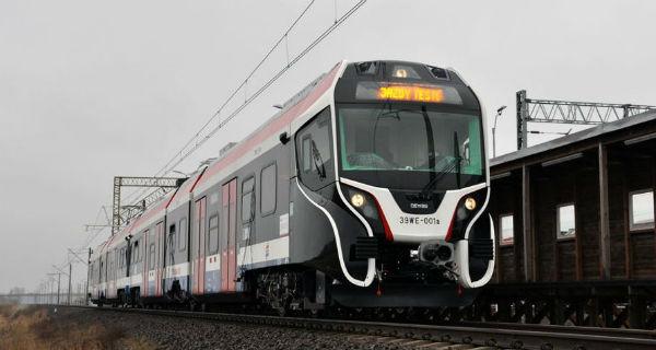 Pociąg 39 WE odebrany przez wukadkę - Grodzisk News