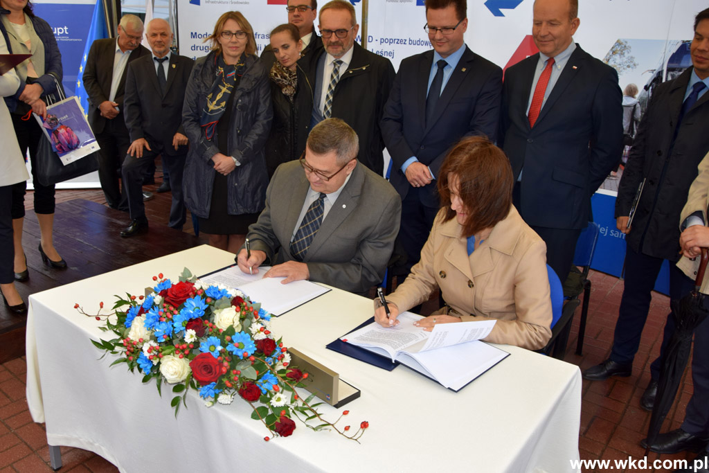 Umowa na 74 miliony złotych dla WKD podpisana - Grodzisk News