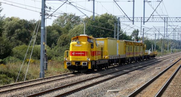 Kolejarze kończą rozwieszać sieć, pociągi pojadą inaczej - Grodzisk News