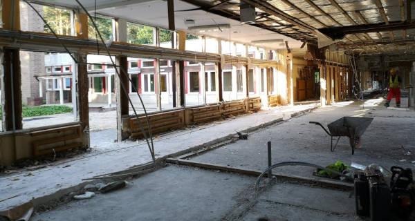 Stare przedszkole przechodzi do historii. Trwa rozbiórka [FOTO] - Grodzisk News