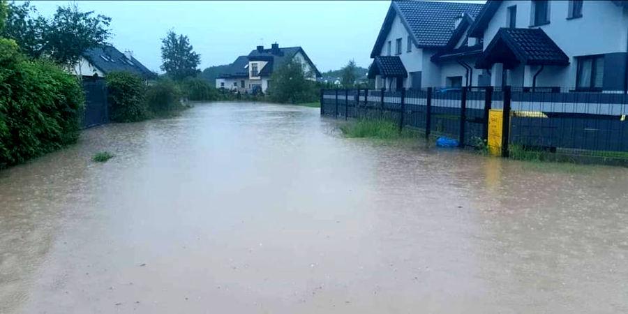 Deszczówka zalewa mieszkańców - Grodzisk News