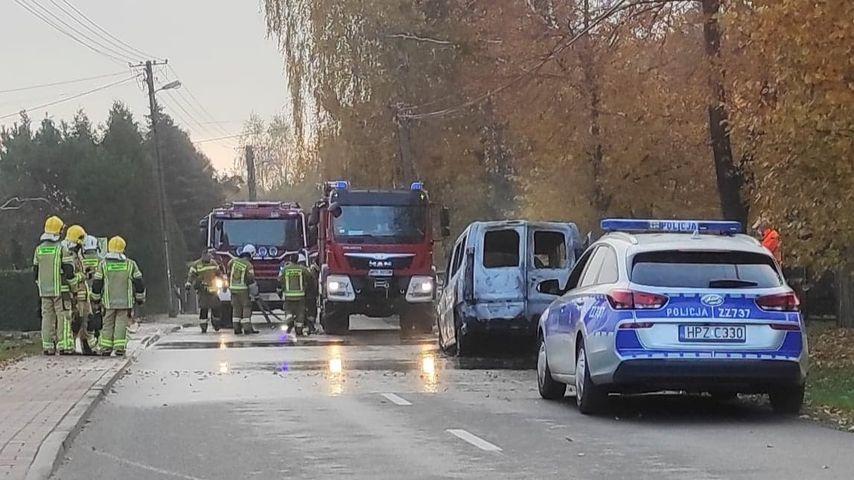 """Poranny pożar samochodu. """"Spłonął doszczętnie"""" - Grodzisk News"""