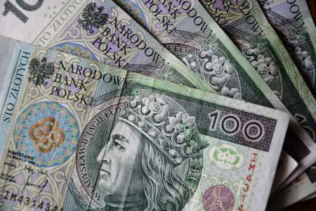Pieniądze znalezione w Grodzisku. Czekają na właściciela - Grodzisk News