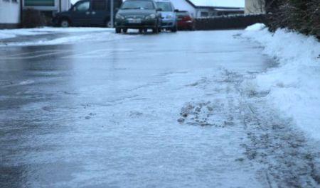 IMGW ostrzega: Na drogach może być ślisko - Grodzisk News