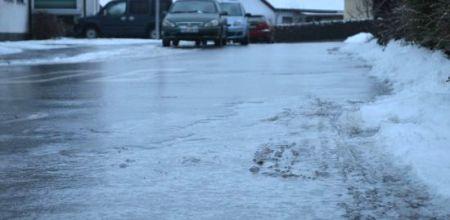 IMGW ostrzega przed oblodzonymi jezdniami i chodnikami - Grodzisk News