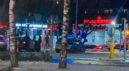 Kolizja z udziałem radiowozu w Grodzisku [FOTO] - Grodzisk News