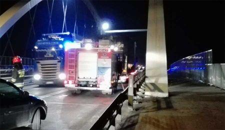 Nietrzeźwy kierowca uderzył w bariery - Grodzisk News