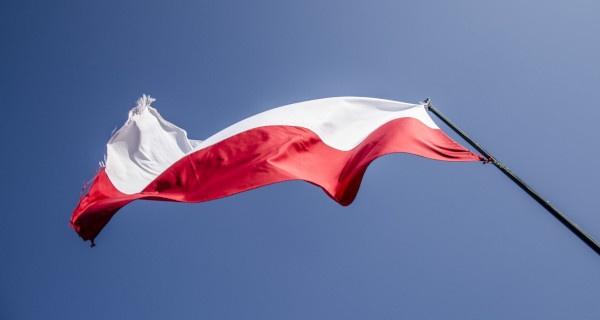 Dziś Polska obchodzi urodziny! Wywieś flagę - Grodzisk News