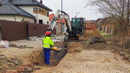 Książenice. Wznowili budowę kanalizacji - Grodzisk News