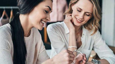 Srebrne bransoletki – uniwersalne dodatki do wielu stylizacji - Grodzisk News