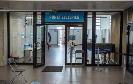 Wojewoda: Wzorowo zorganizowany punkt szczepień w Grodzisku - Grodzisk News