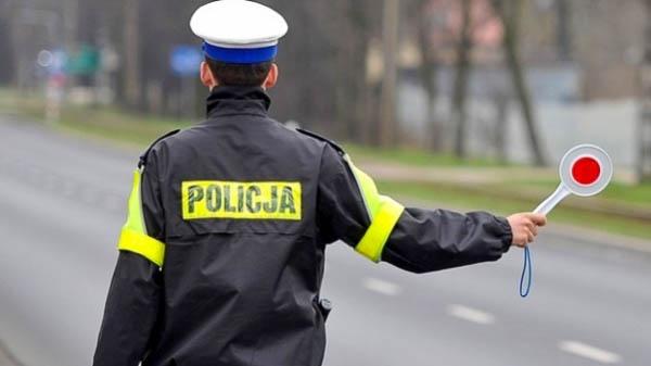 """Policjanci rozpoczęli akcję """"Bezpieczna majówka"""" - Grodzisk News"""