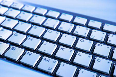 Sprzęt komputerowy dla szkół z naszego regionu. Trwa nabór wniosków - Grodzisk News