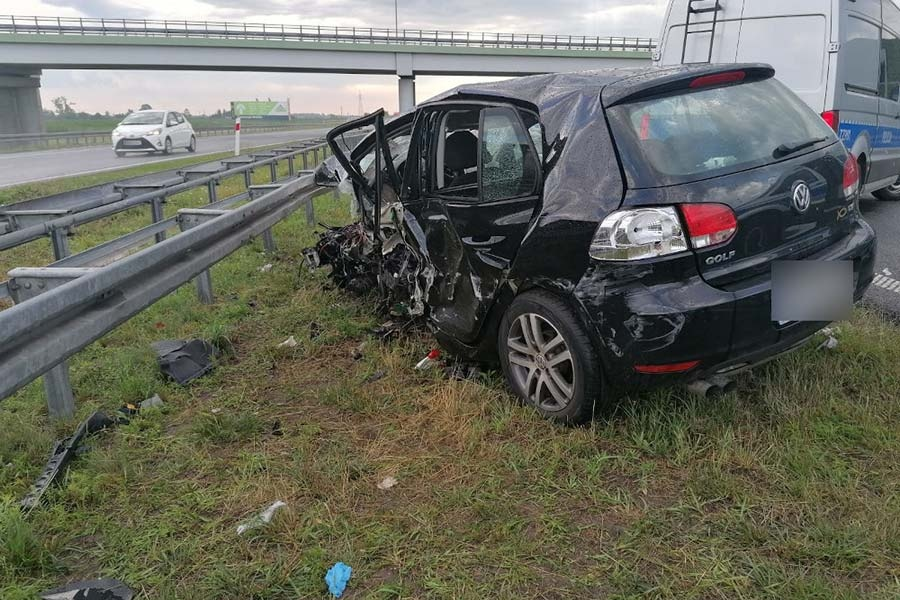 Policja publikuje zdjęcia ze śmiertelnego wypadku – ku przestrodze - Grodzisk News