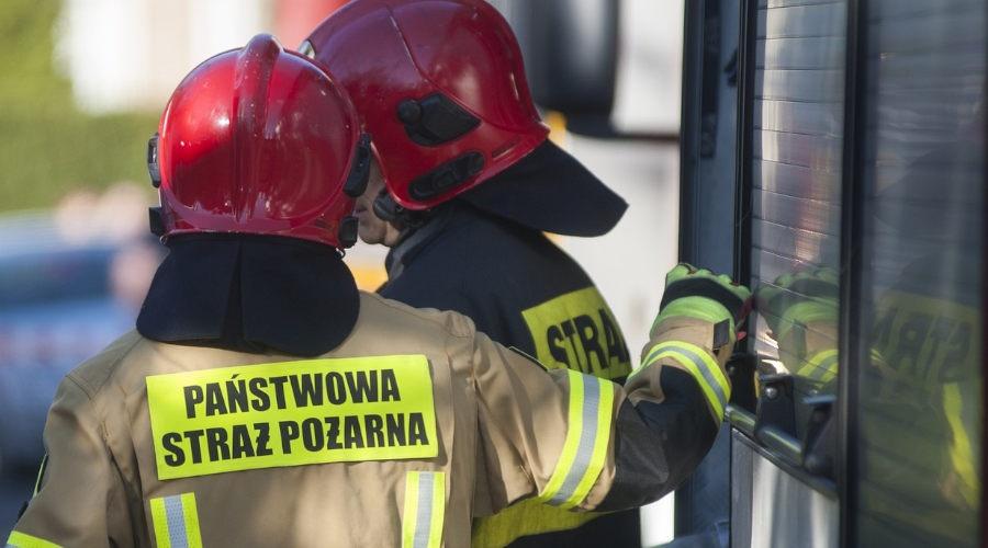 Pożar ciężarówki na terenie stacji paliw - Grodzisk News