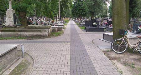 Remont na cmentarzu przy Montwiłła - Grodzisk News