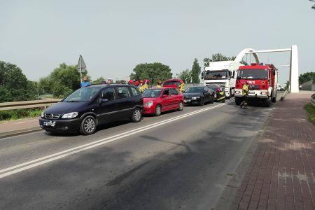 Wypadek na Okulickiego. Grodziski wiadukt zablokowany [FOTO] - Grodzisk News