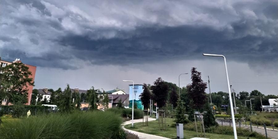 IMGW ostrzega przed silnymi burzami - Grodzisk News