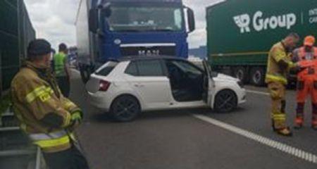 Zderzenie ciężarówki z osobówką przy węźle Grodzisk [FOTO] - Grodzisk News