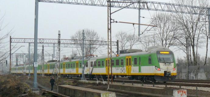 Strajk podwykonawców kolejowych. Ruch pociągów był wstrzymany [AKTUALIZACJA]