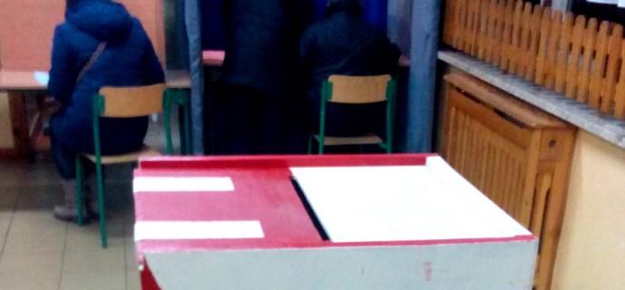 Lokale wyborcze już otwarte. Idź i zagłosuj