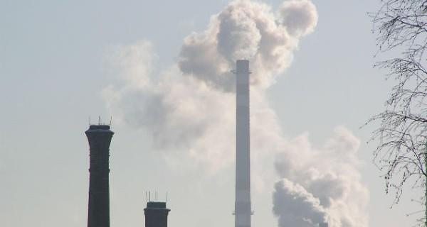Poziom zanieczyszczeń powietrza na Mazowszu znów alarmujący
