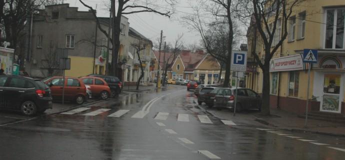 Ponowne porządkowanie ul. Warszawskiej. Kierowcy tam nie zaparkują