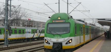 Zepsuty pociąg blokował tor. Możliwe opóźnienia