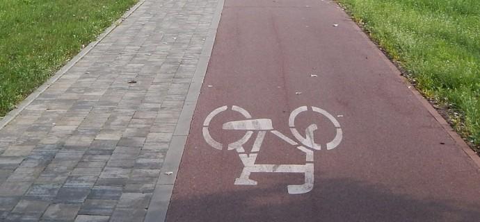 Rozpoczęli budowę ścieżki rowerowej wzdłuż Grudowskiej. Możliwe utrudnienia