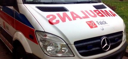 Wieczorny wypadek w Milanówku. Ranny kierowca