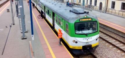 Kiedy przysługuje rekompensata za spóźniony pociąg?