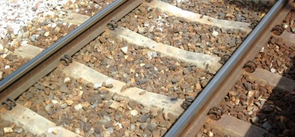 Pociąg śmiertelnie potrącił człowieka. Utrudnienia na kolei [AKTUALIZACJA]