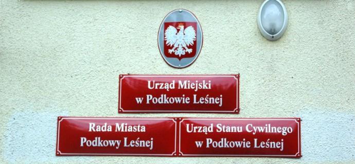 Państwowy inspektor sanitarny: można spożywać wodę w Podkowie