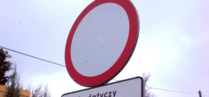 Zamknęli drogę w żabiowolskiej gminie. Utrudnienia dla kierowców