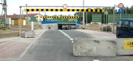 Tunel dla kierowców w samo południe