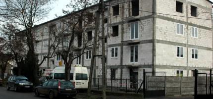 Rosną domy komunalne na Traugutta
