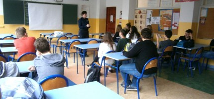 Policjanci edukowali gimnazjalistów