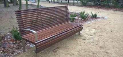 W Parku Przyjaźni uzupełniają małą architekturę
