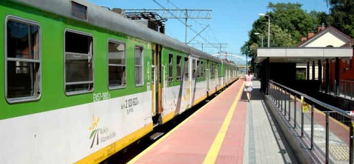 Utrudnienia na kolei. Wiele pociągów odwołanych