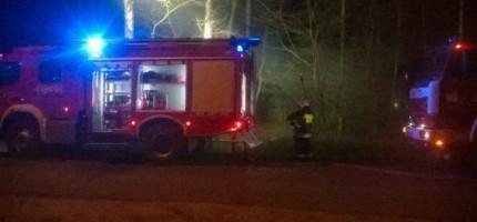 Wieczorna akcja strażaków. Płonął barak
