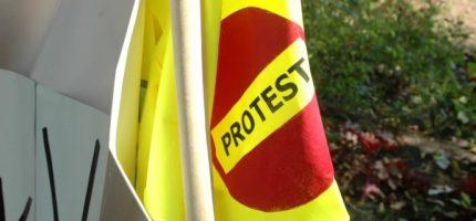 Niedzielne protesty zablokują główne drogi. Policja wyznaczyła objazdy