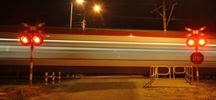WKD otworzyła przejazd w Podkowie, zamknęła w Otrębusach