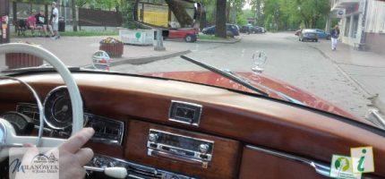 Zabytkowe mercedesy odwiedziły Milanówek [FOTO]