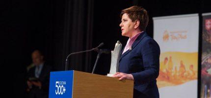 Premier Szydło na konferencji w Grodzisku