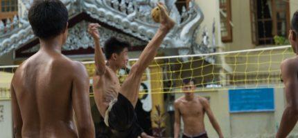 Chinlone – birmańska przygoda z guzem na głowie