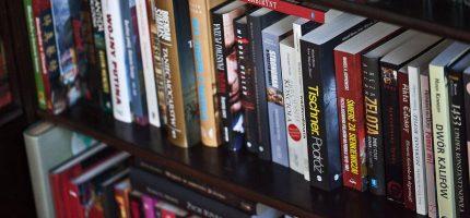 Kulturalny miesiąc z grodziską biblioteką