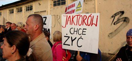 Wielki protest w Warszawie.  Wpłynie na zmianę decyzji ws. 400 kV?
