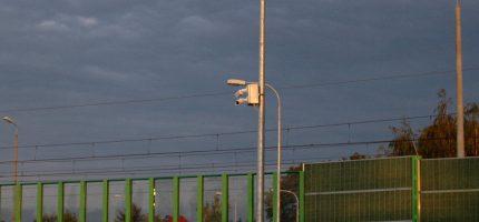 Kłopot ze światłowodem opóźnia start monitoringu w rejonie tunelu