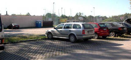Parking przy Stawach Walczewskiego do przebudowy