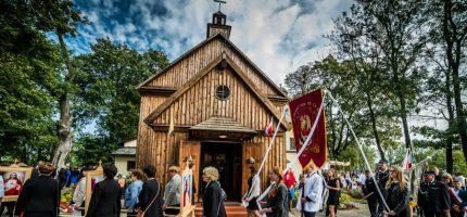Parafia w Izdebnie Kościelnym obchodziła 400-lecie